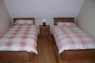Erne River Lodges Indoors - Twin Bedroom